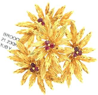 Tiffany & Co. 18k Yellow Gold Flower Pin w/ Rubies
