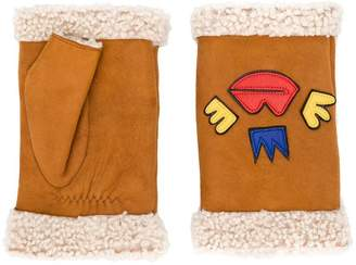 Agnelle detailed hand warmers
