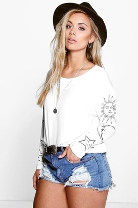 boohoo Plus Sun + Moon Oversized T-Shirt
