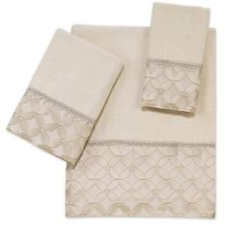 Floral Grid Bath Towel