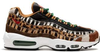 Nike 95 DLX sneakers