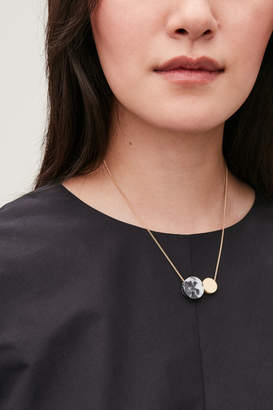 Cos SHORT ROUNDED SHAPES NECKLACE