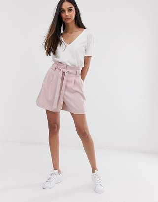 Asos Design DESIGN mom shorts with tie waist in pink