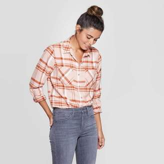 Universal Thread Women's Plaid Long Sleeve Cotton Flannel Shirt - Universal ThreadTM Pink