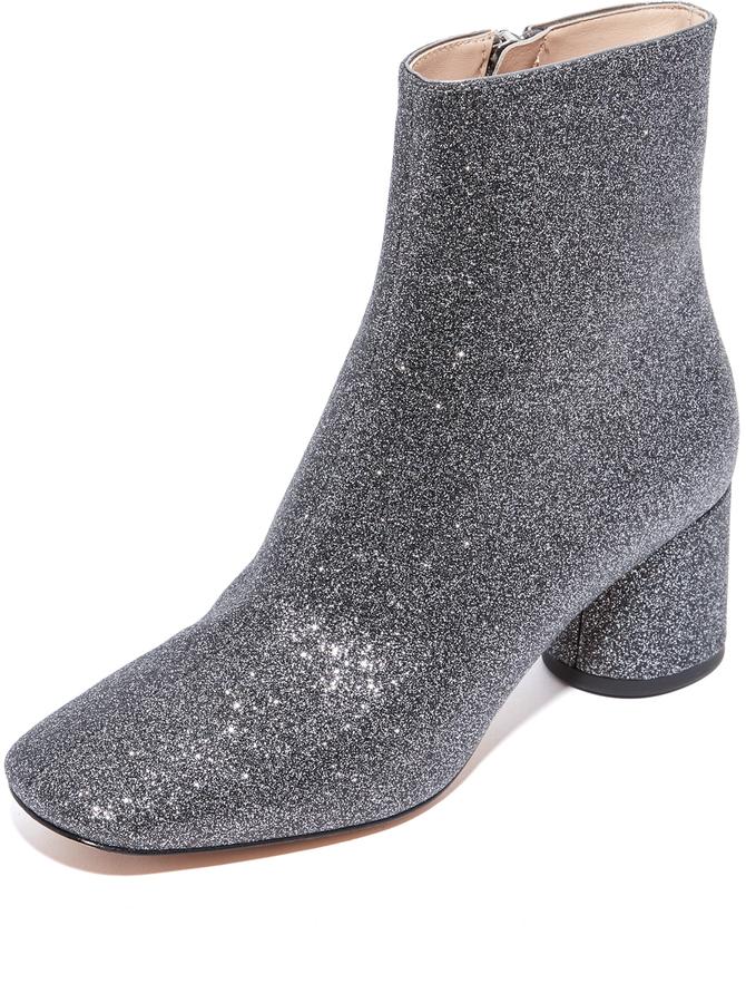 Marc JacobsMarc Jacobs Valentine Ankle Booties