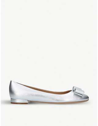 Salvatore Ferragamo Varina metallic leather ballet flats