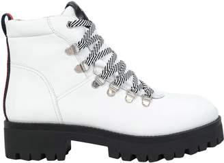 2dbba926f1d Steve Madden White Women s Boots on Sale - ShopStyle