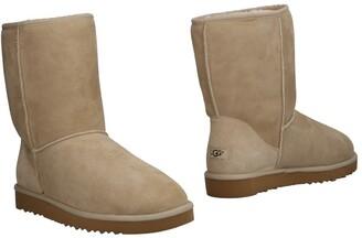 UGG Boots - Item 11498012