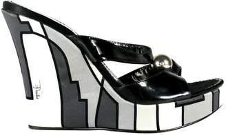 Emilio Pucci Patent leather heels