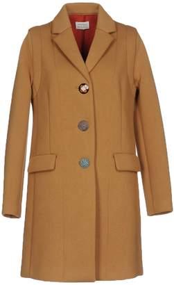 Maliparmi M.U.S.T. Coats