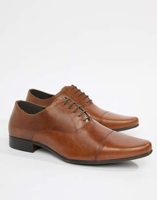 Asos DESIGN oxford shoes in tan leather with toe cap