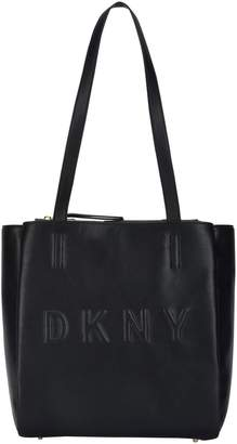 DKNY Shoulder bags - Item 45390170TL