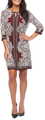 Studio 1 3/4 Sleeve Medallion Piuff Print Shift Dress
