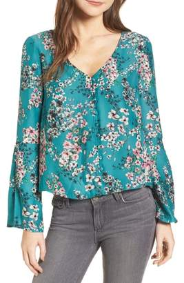 Cupcakes And Cashmere Nadette Floral Blouse