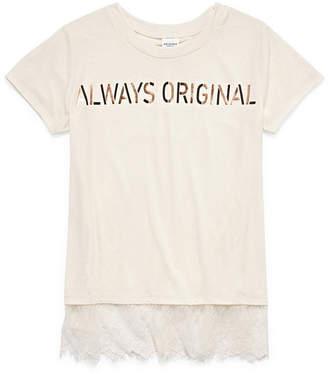 Arizona Short Sleeve Lace Hem Graphic Tee - Girls' 4-16 & Plus