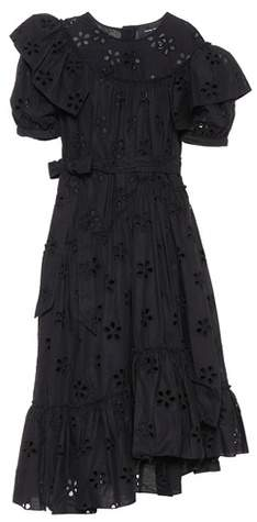Kleid aus Baumwolle mit Lochstickerei