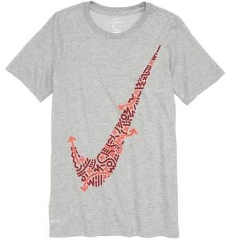 Nike Dry Swoosh Graphic T-Shirt
