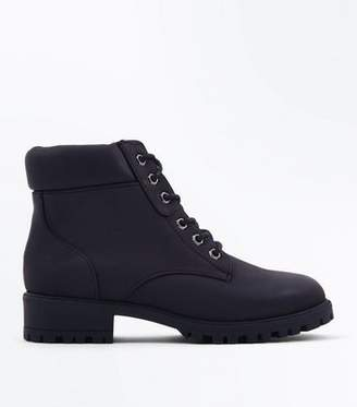 New Look Girls Black Contrast Cuff Lace Up Hiker Boots