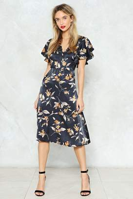 Nasty Gal Hey There Bud Floral Midi Dress