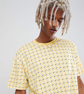 Vans checkerboard t-shirt in yellow Exclusive at ASOS
