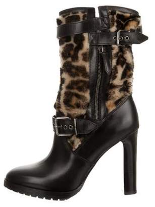 Burberry Leather Round-Toe Boots Black Leather Round-Toe Boots