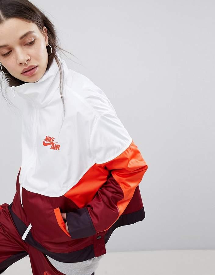 – Gewebte Trainingsjacke mit Farbblock-Design und Druckknöpfen