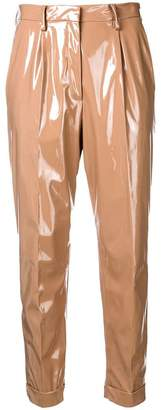 No.21 high-waisted shine effect trousers