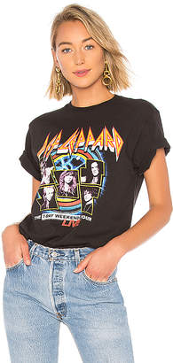Junk Food Clothing Def Leppard The 7 Day Weekend Tour Tee