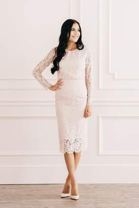 Rachel Parcell Romantic Lace Skirt in Rose