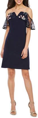 MSK Sleeveless Applique Shift Dress