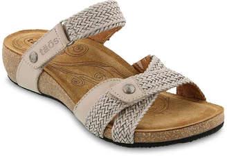 Taos Fabulous Wedge Sandal - Women's