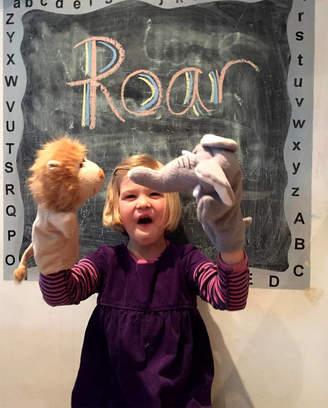 Oskar & Catie Animal Glove Puppets