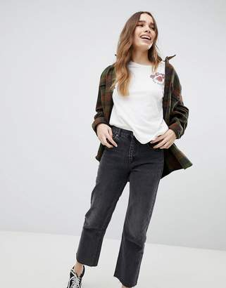 Pull&Bear Straight Leg Jean Cropped With Frayed Hem