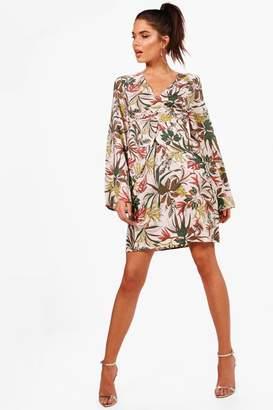 99be39c4dde0 boohoo White Wrap Dresses - ShopStyle UK