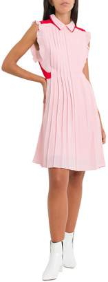 Three floor Pleated Dress With Contrast Details