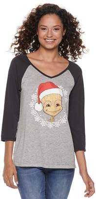 Juniors' Christmas Santa Groot Raglan Graphic Tee