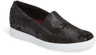 Women's Munro Lulu Slip-On Sneaker $199.95 thestylecure.com