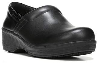 Dr. Scholl's Dynamo Clog - Wide Width Available