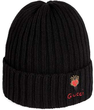 Gucci Wool hat with pierced heart