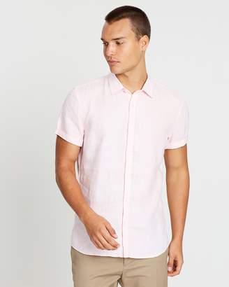 yd. Louis Linen SS Shirt