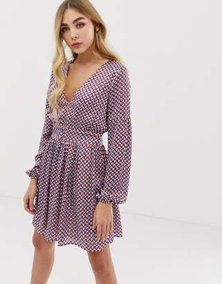 Missguided long sleeve frill dress in geo print
