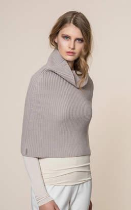 Soia & Kyo AVIA knit mock neck warmer with slit