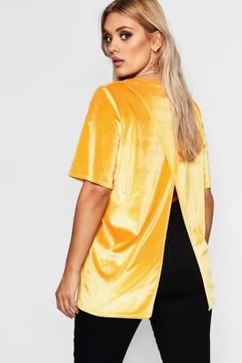 boohoo Plus Velvet Split Open Back T Shirt