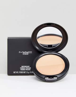 M·A·C Mac Studio Waterweight Pressed Powder