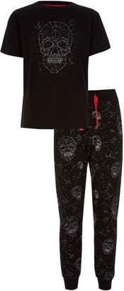 Next Boys River Island Black Skull Print Pyjama Set