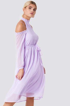Na Kd Boho Cold Shoulder High Neck Midi Dress