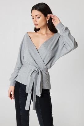 NA-KD Na Kd Tied Front Deep Neck Sweater Grey