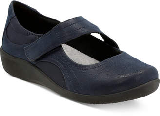 Clarks Collection Women's CloudsteppersTM Sillian Bella Mary Jane Flats
