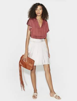 Halston SHORT SLEEVE V NECK TOP WITH RUCHING