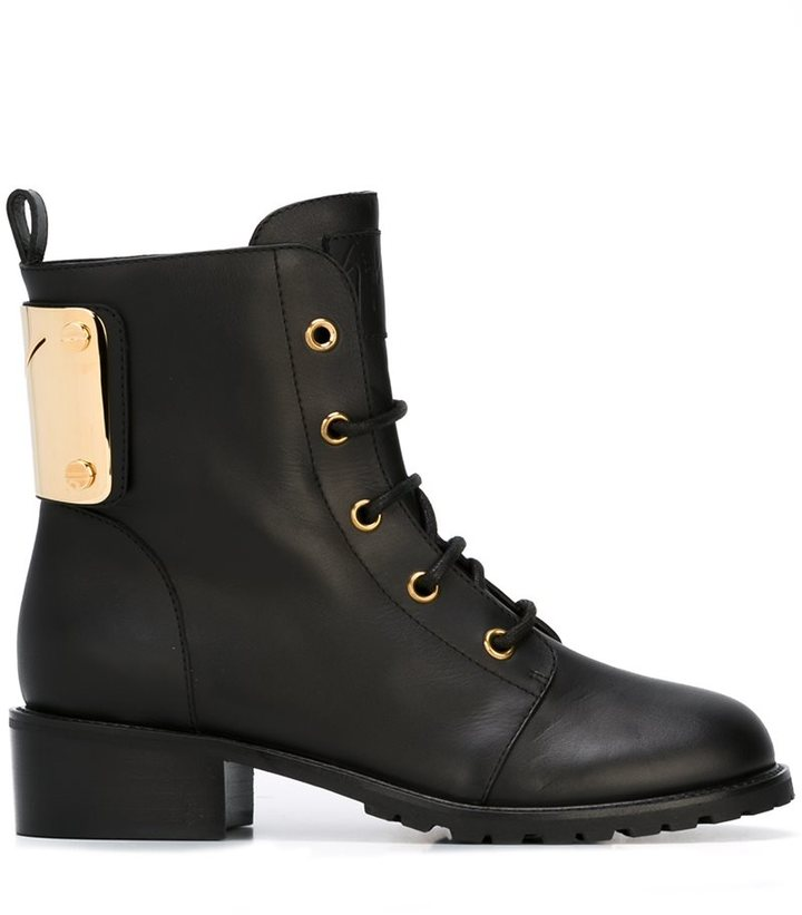 Giuseppe Zanotti Design logo plaque ankle boots